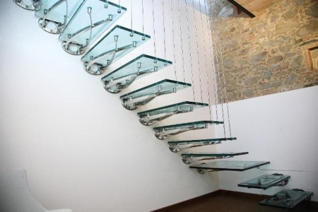 Glass staircases made of tempered laminated glass